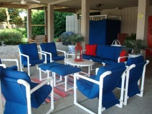 Lounge under deck North